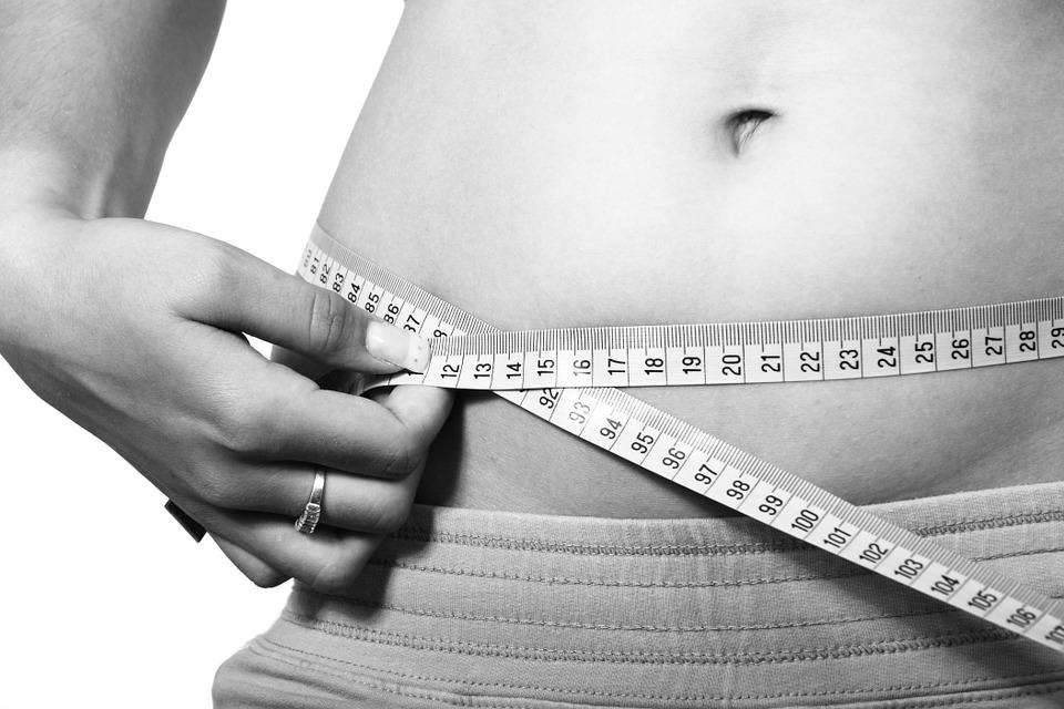 wie kann ich schnell abnehmen, schnell fett verbrennen, schnell Gewicht verlieren